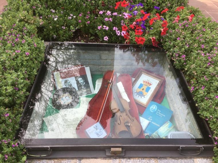The Violin.jpg