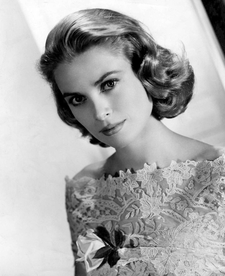 Grace_Kelly_MGM_photo.jpg